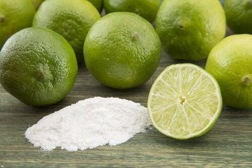 Limão e bicarbonato para preparar esfoliante