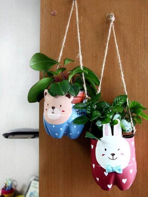 Vasos de plantas para reaproveitar garrafas plásticas