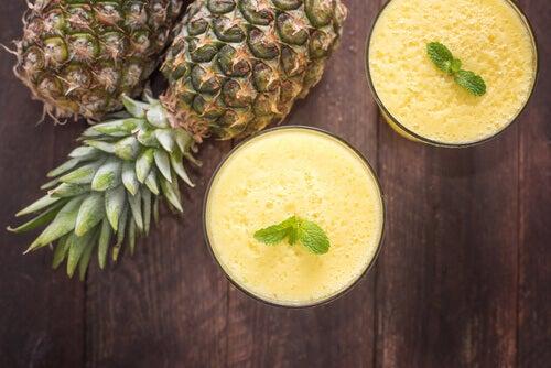 Suco de abacaxi para combater a enxaqueca naturalmente