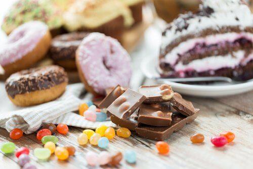 Não se deve consumir doces à noite