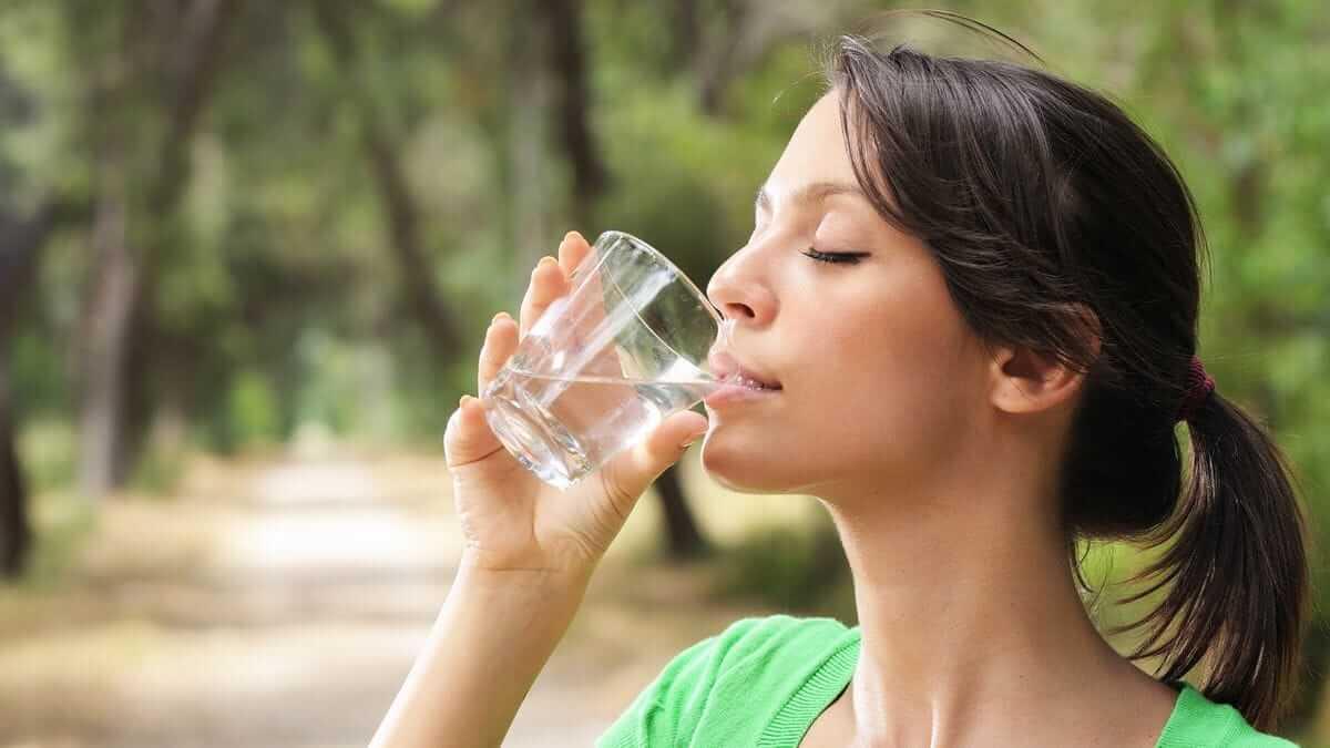 Hidrate-se bem quando estiver tentando parar de fumar