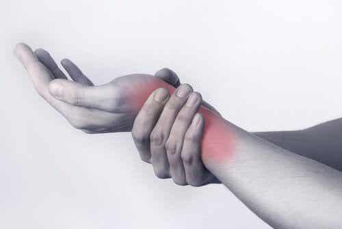 5 exercícios recomendados para prevenir a tendinite