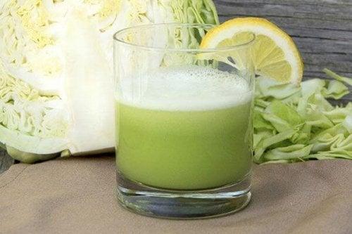 Suco de repolho para combater a gastrite