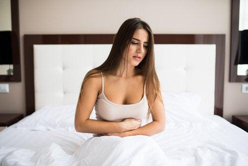 Os alimentos que têmtoxinas podem provocar dor de barriga