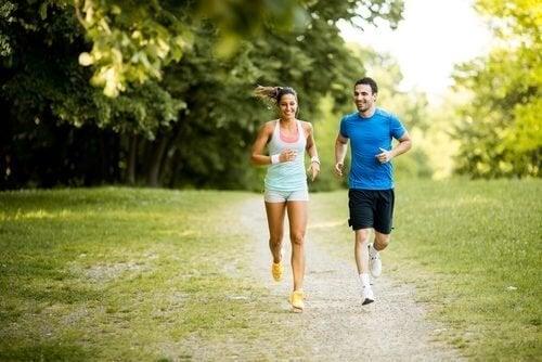 Fazer exercício controla o hormônio da saciedade