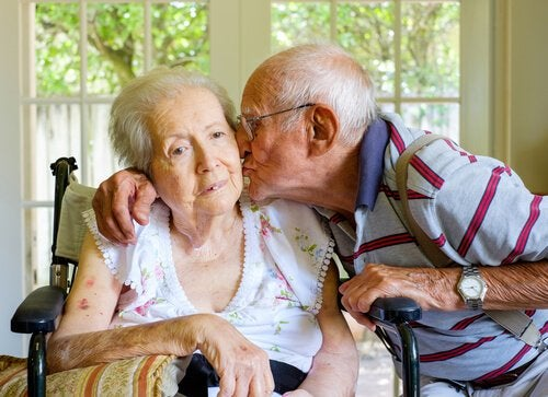 Casal com diversos tipos de demência