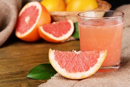 Suco de toranja para reduzir o colesterol