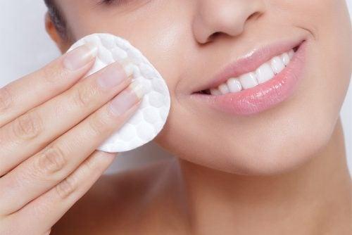 4 dicas simples para manter a pele hidratada