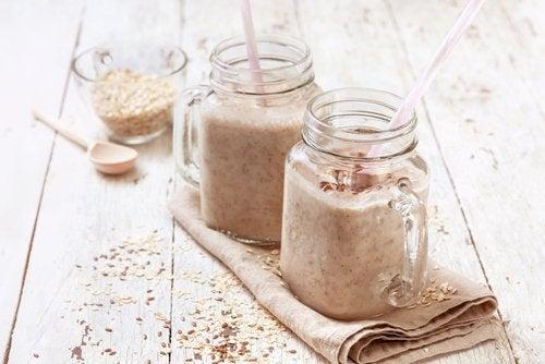 Vitamina de aveia, pera e gengibre