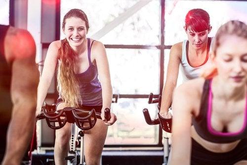 Bicicleta é um exercício para perder peso