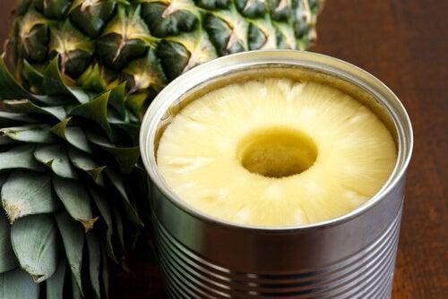 As frutas enlatadas são um dos piores alimentos