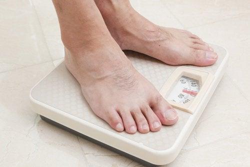Mantenha um peso saudável para prevenir a osteoporose