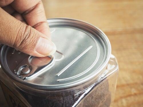 Fechar bem os recipientes conserva bem os alimentos