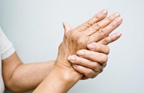 O óleo de magnésio reduz a dor