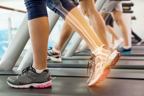 Caminhar para cuidar da saúde óssea