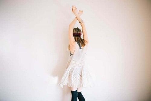Dançar ajuda a combater os hábitos que estão roubando energia