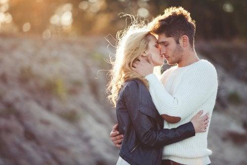 Casal em um relacionamento sem crise