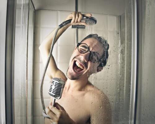 5 erros que cometemos no banho diariamente