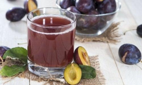 Vitamina de uva para aliviar a prisão de ventre