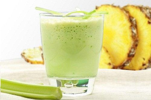 Batida de abacaxi para eliminar toxinas