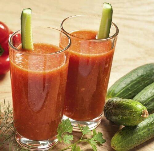 batido de pepino e tomate