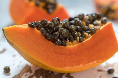 Papaia ajuda a combater a inflamação e gases