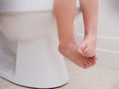 Os vermes intestinais consomem uma grande quantidade de vitaminas e mineraisnecessários para o crescimento da criança