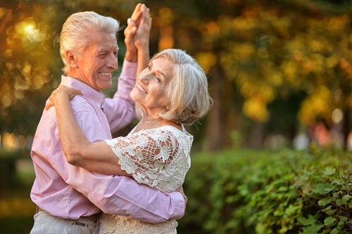 Dançar ajuda a manter a forma após os 50