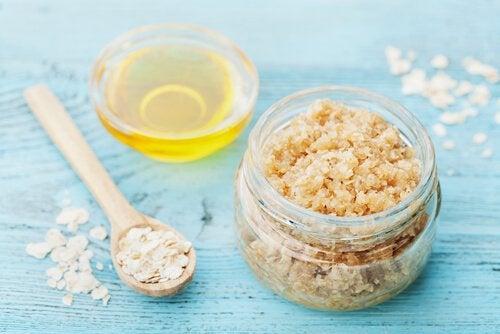 Esfoliante corporal de açúcar e azeite