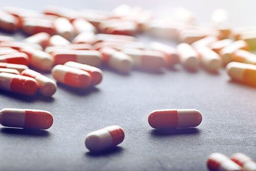 Medicamentos para cuidar da saúde do fígado