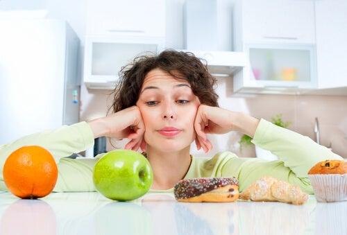 A dieta equilibrada ajuda a manter a forma após os 50