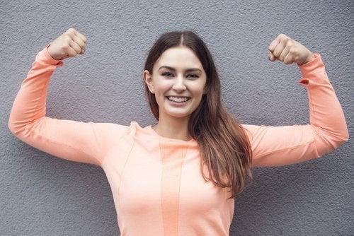 Mulher forte e saudável