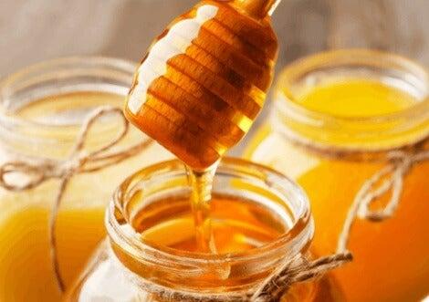 Esfoliantes: mel ou bicarbonato de sódio?
