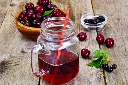Suco de cereja para acabar com a insônia