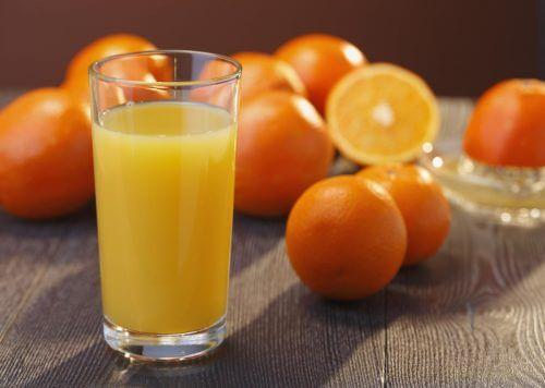 A laranja pode ajudar a reduzir o acúmulo de ácido úrico