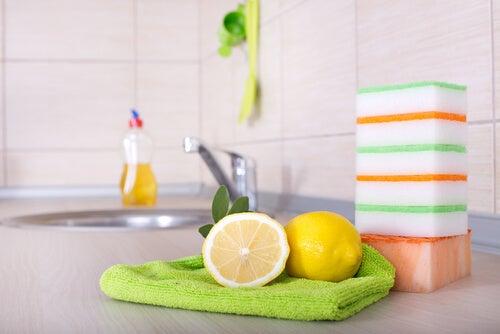 Limão como desinfetante