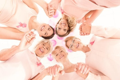 Mulheres lutando contra o câncer de mama