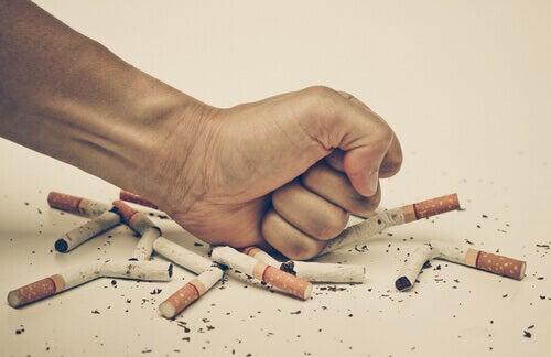 Diga adeus ao mau hábito não comprando cigarros