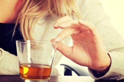 Evite o álcool