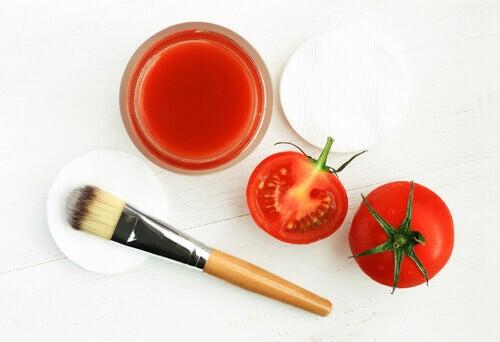 Máscara facial de tomate