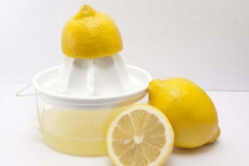 Suco de limão para acabar com as alergias