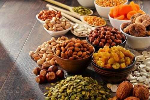 Sementes, oleaginosas e frutas secas