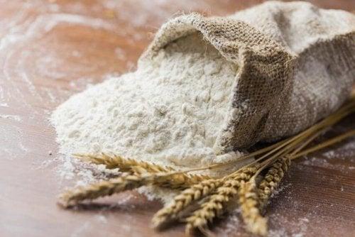Não se deve comer farinhas quando tem inflamação