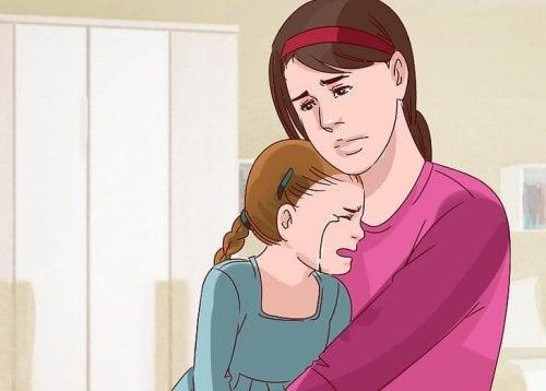 Mãe e filha tristes