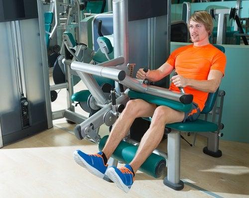 Exercício que ajuda a previnir a dor no joelho