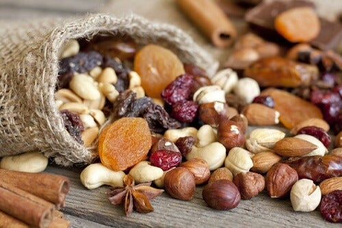 Oleaginosas e frutas secas