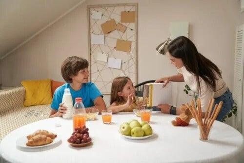 5 cafés da manhã apropriados para crianças