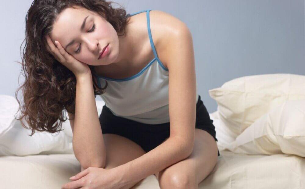 Mulher sentindo cansaço