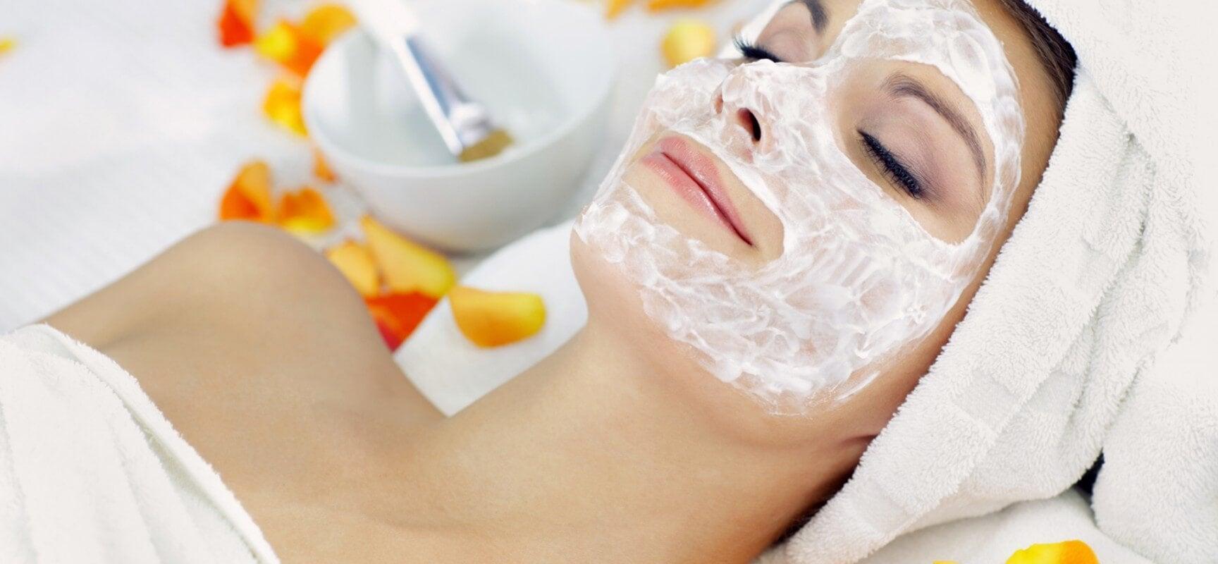 Máscara com gelatina para hidratação profunda
