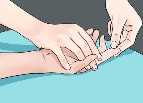 9 problemas de saúde que nossas mãos nos revelam